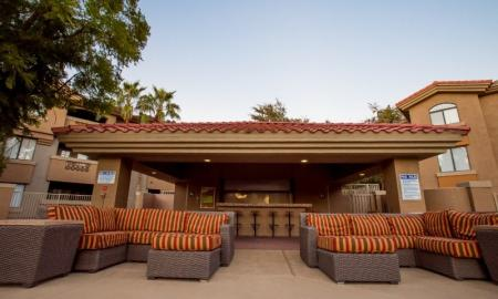 Covered Pavilion | Luxury Apartments Tempe AZ | The Palms on Scottsdale
