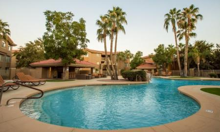 Resident Sun Deck | Apartments For Rent In Tempe AZ | The Palms on Scottsdale