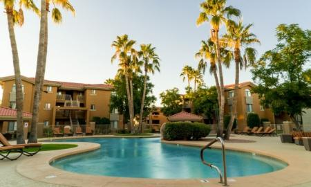 Community Sun Deck | Luxury Apartments In Tempe | The Palms on Scottsdale