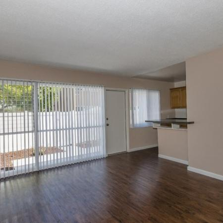 1 Bedroom Apartments In Long Beach | Living Room