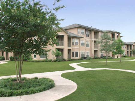 Apartment Homes in Austin   Toscana 2