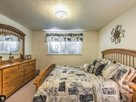 Luxurious Bedroom | Boise Apartments | River Pointe