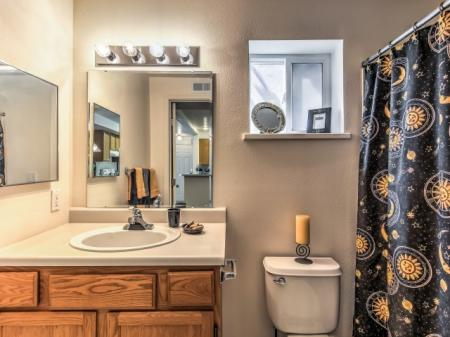 Luxurious Bathroom | Apartments For Rent In Boise Idaho | River Pointe