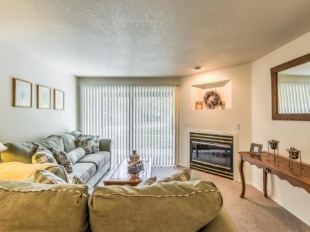 Luxurious Living Room | Apartments In Boise | River Pointe