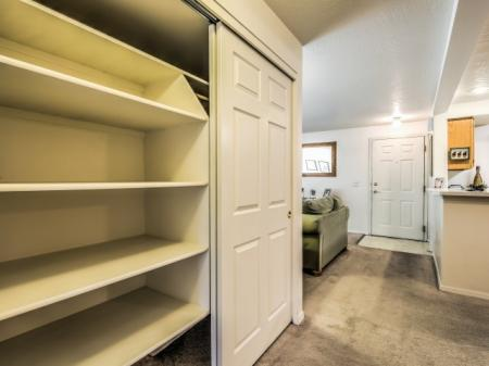 Vast Closet | Apartments For Rent In Boise Idaho | River Pointe