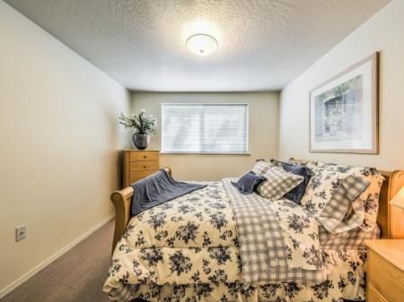 Luxurious Master Bedroom | Apartments Boise | River Pointe