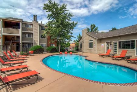 Swimming Pool | Apartments Littleton CO | Terra Vista at the Park