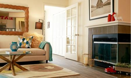 Spacious Living Area | Apartments In Northglenn CO For Rent | Keystone Apartments