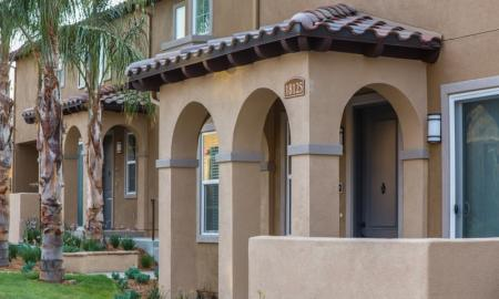 Apartments For Rent In Santa Clarita | Townhomes at Lost Canyon