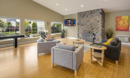 Resident Lounge | Apartments In Lakewood | Citizen and Oake