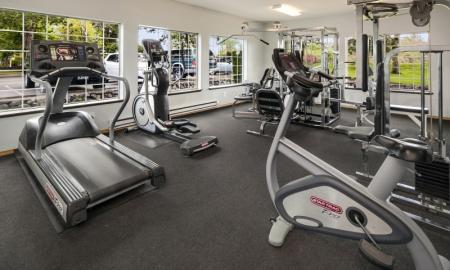 State-of-the-Art Fitness Center | Apartments In Lakewood | Citizen and Oake