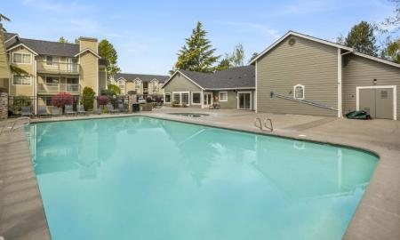 Sparkling Pool | Lakewood Apartments For Rent | Citizen and Oake