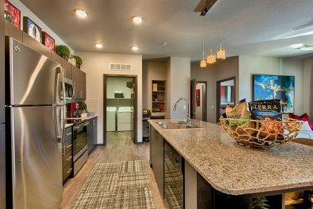 Modern Kitchen | Apartment Homes In Chandler | The Cooper 202