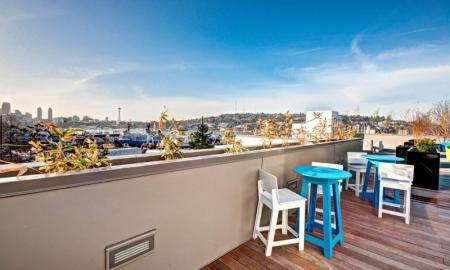 Apartments For Rent In Seattle   East Howe Steps 1