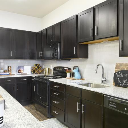 Modern Kitchen   Apartment In Temple TX   Villas on the Hill