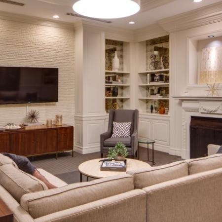 Spacious Resident Club House | Lincoln Park Chicago Apartments | The Seneca