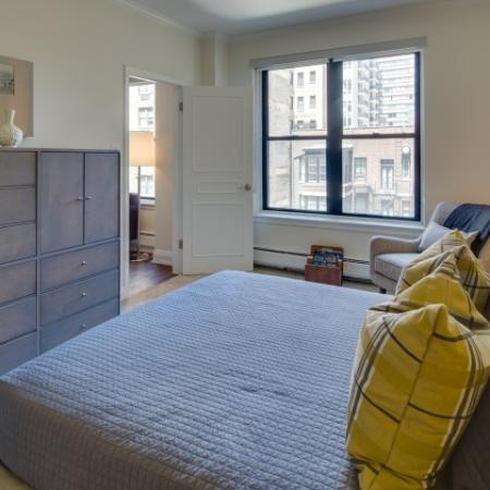 Luxurious Bedroom | North Chicago Apartments | The Seneca