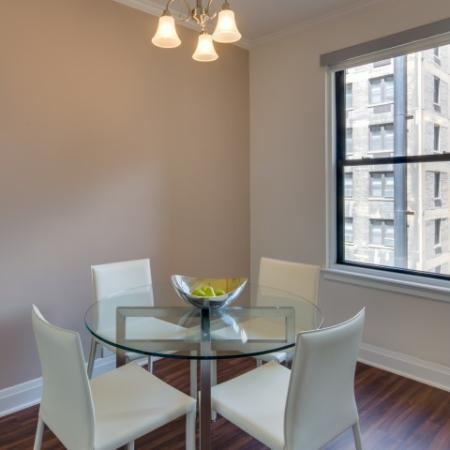 Spacious Dining Room | Lincoln Park Chicago Apartments | The Seneca