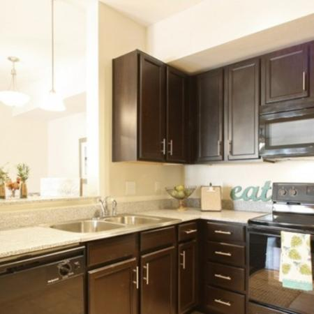 State-of-the-Art Kitchen | White House TN Apartments | The Standard at White House