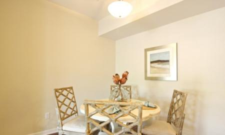 Elegant Dining Room | White House Apartments | The Standard at White House