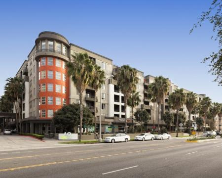 Santa Monica Luxury Apartments | AO Santa Monica