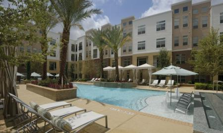 Apartments Nassau Bay Texas | Voyager at Space Center 1
