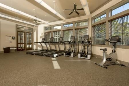 Resident Fitness Center | Apt For Rent Houston | Valencia Place