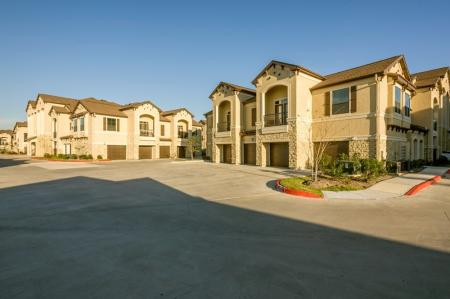 Apartments In Houston TX | Valencia Place