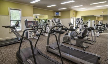 Cutting Edge Fitness Center | Luxury Apartments McDonough GA | Amber Chase