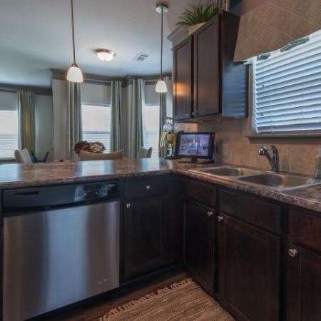 Modern Kitchen   Apartments In Prattville   Meadows at HomePlace