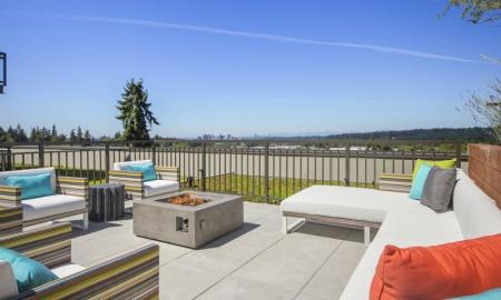 Resident Fire Pit | Apartments Bellevue WA | LIV