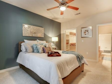 One, Two, and Three Bedroom Apartments near TCU and Downtown Fort Worth