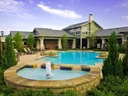 The Berkeley Luxury Apartments Downtown Apartments in Forth Worth TX