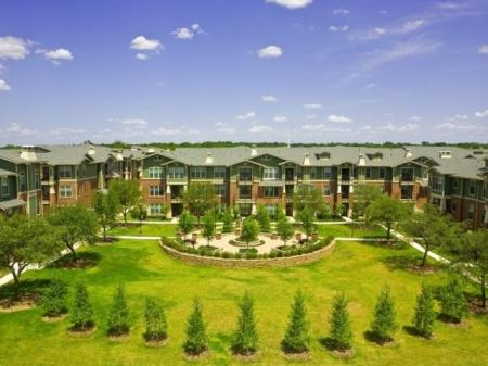 The Berkeley Apartments | Apartments near TCU and Downtown Fort Worth
