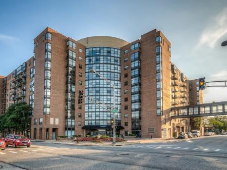 Apartments Homes for rent in Arlington Heights, IL | Hancock Square at Arlington Station