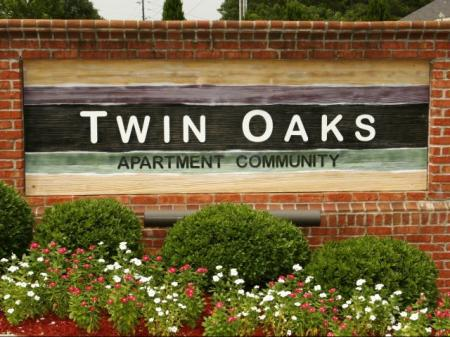 Twin Oaks Apartments Entrance