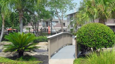 Apartment Homes in Houston | Walden Pond and the Gables1