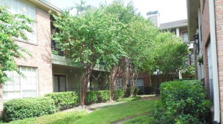 Walden Pond and the Gables Rentals in Houston Texas3