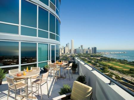 Chicago Downtown Apartments for Rent | Sky55 apartments at Central Station
