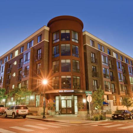 Apartments for Rent in Oakland: Exterior | The Uptown