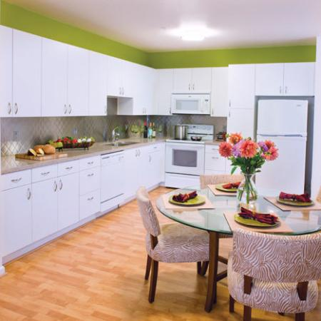 Studio Apartments in Oakland | The Uptown