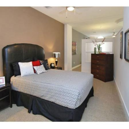 1 and 2 bedroom Apartments in Dallas | The Merc