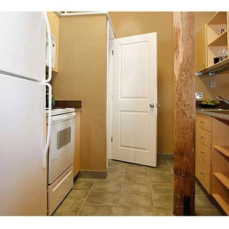 Fully equipped kitchens | The River Lofts | Cumberland Apartments
