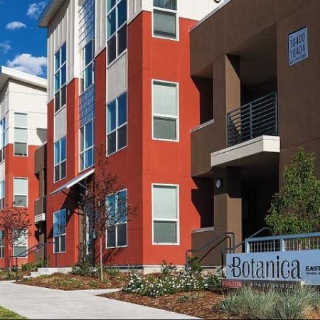 Another exterior view of our luxurious apartments for rent in Denver at Botanica Eastbridge