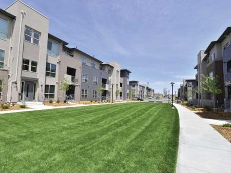 Luxury apartments in Denver at The Aster Conservatory Green