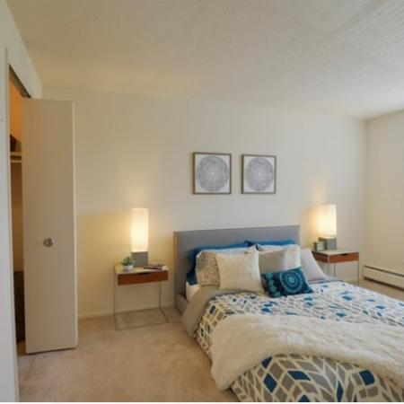 Spacious Bedroom | Apartments in Parma | Midtown Towers