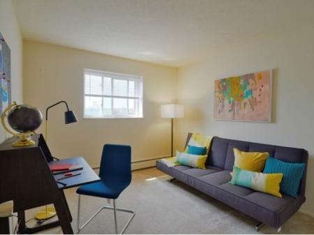 2nd Bedroom | Apartments For Rent In Parma | Midtown Towers