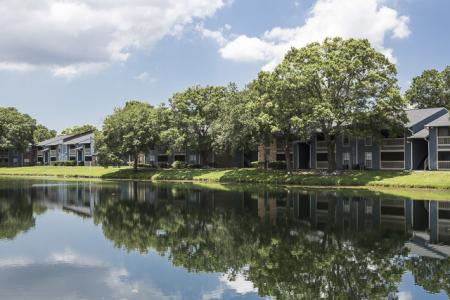 Pond | Landmark at Avery Place Apartment Homes Tampa, FL