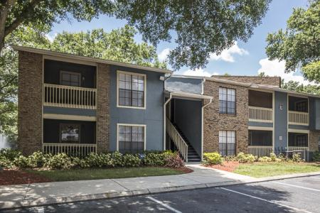 Parking | Landmark at Avery Place Apartment Homes Tampa, FL