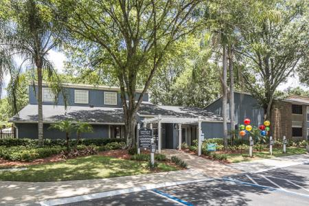 Leasing Center | Landmark at Avery Place Apartment Homes Tampa, FL